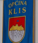 The ceremonial flag of the Community of Klis, 2014